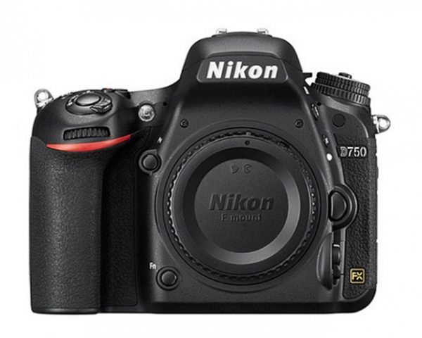 🇬🇧Nikon D750 DSLR Camera (Body Only) + Sd 64Gb €1110 Warranty 3-5 Years Assistance In Italy🇮🇹 Multilingual Menu Included Italian🇮🇹