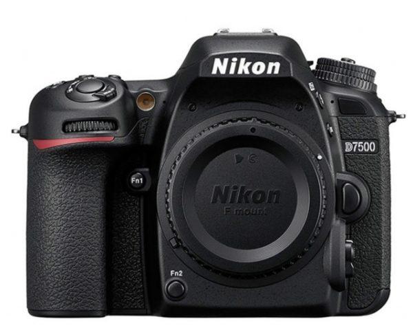🇬🇧Nikon D7500 Digital SLR Camera (Body Only) €780 Warranty 3-5 Years Assistance In Italy🇮🇹 Multilingual Menu Included Italian